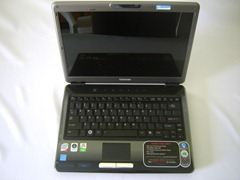 u405open thumb jpg Toshiba Satellite U405 Review