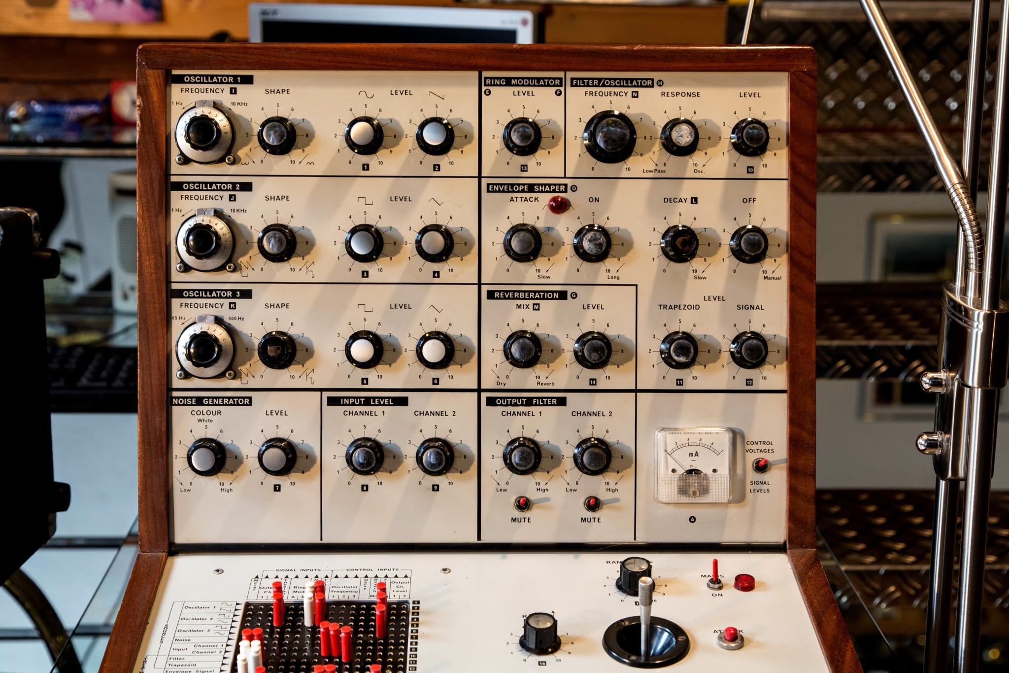 Big Modular Synth 043