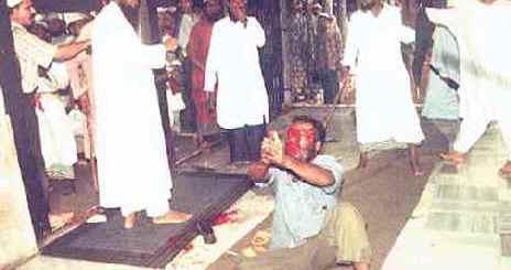 Muslims kill Bangali Hind