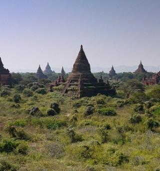 Bagan temples burma myanmar