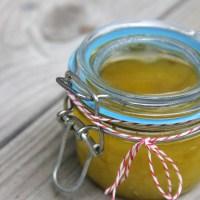 DIY Olive Oil and Honey Sugar Scrub