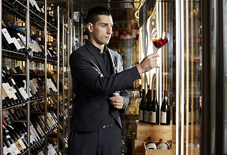 Antonio Lopes_Sommelier do Conrad Algarve 450