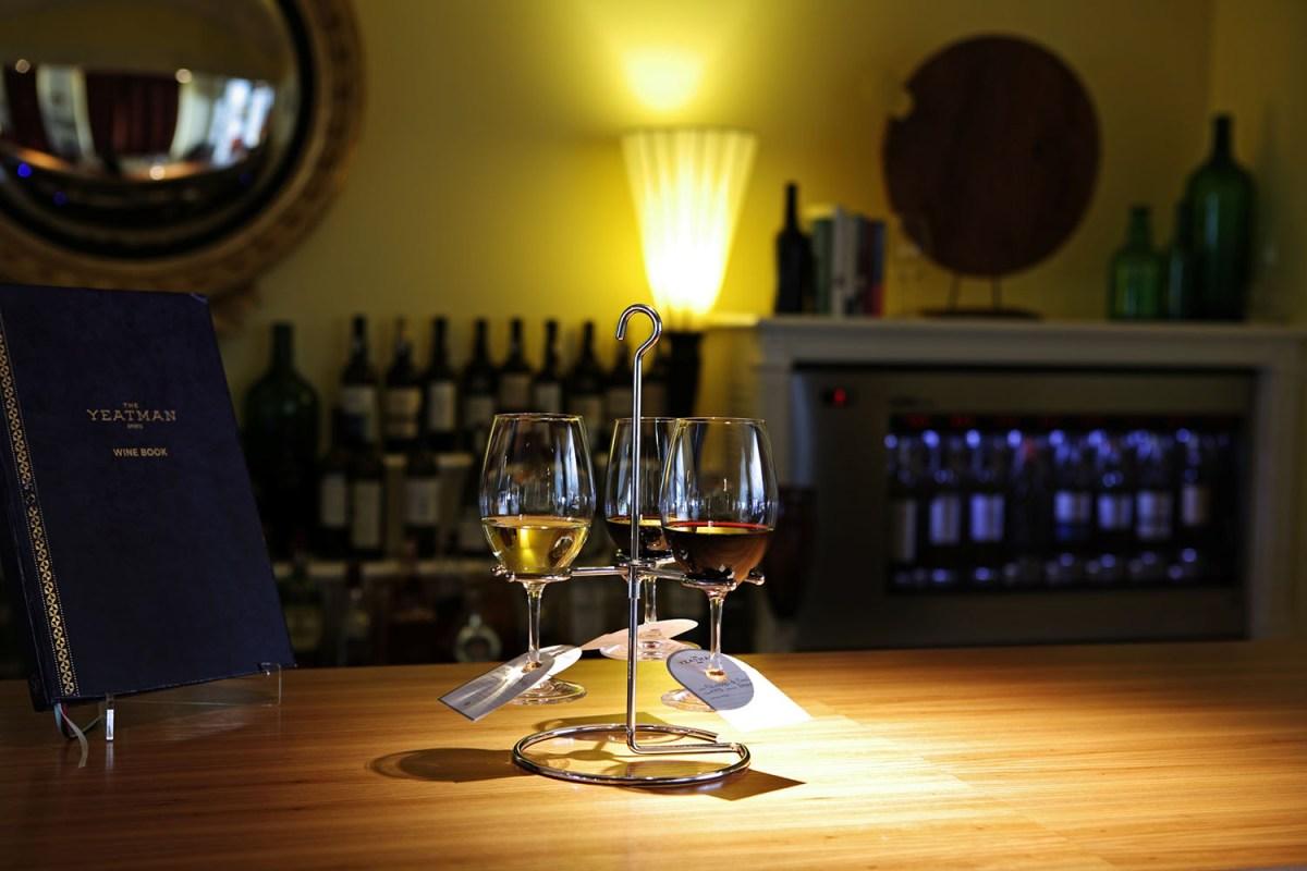 Vinhos premiados pela revista Decanter à prova no The Yeatman