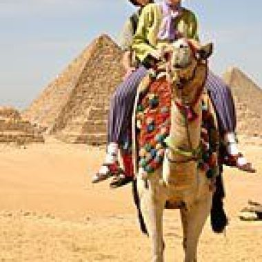 Malachy and Niamh visit the pyramids of Egypt