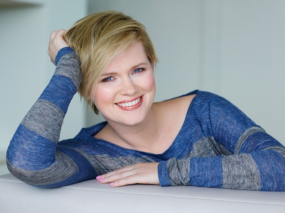 Cecelia_Ahern-Author-580x435