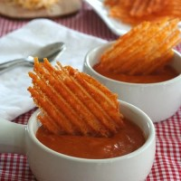 Spicy Cheddar Crisps - Low Carb and Gluten-Free