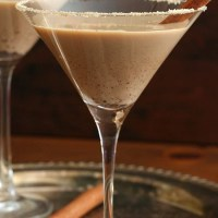 Sugar-Free Gingerbread Martinis and a Giveaway!