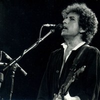 Bob Dylan: 10 concert videos you MUST see from the 90's