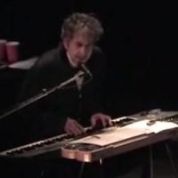 Nov 23: Bob Dylan - Tangled Up In Blue, London 2003 (video)