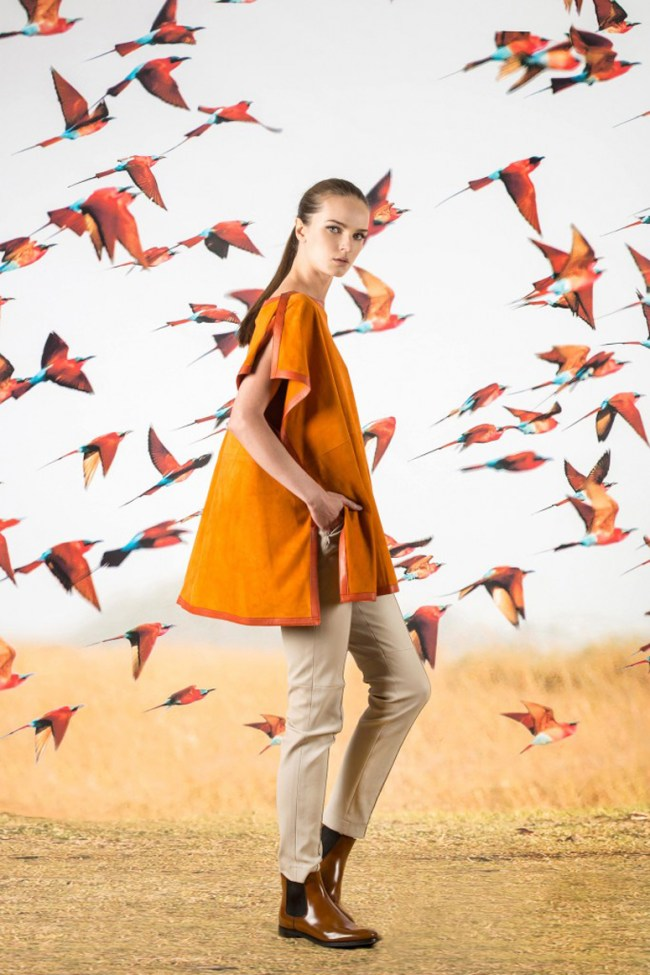 You may be inspired to take a spirited romp across the serengeti after viewing Akris's Pre-fall collection for 2016. A sporty and androgynous line up of wearable pieces are subtly highlighted with beautifully artful photo prints of safari animals.