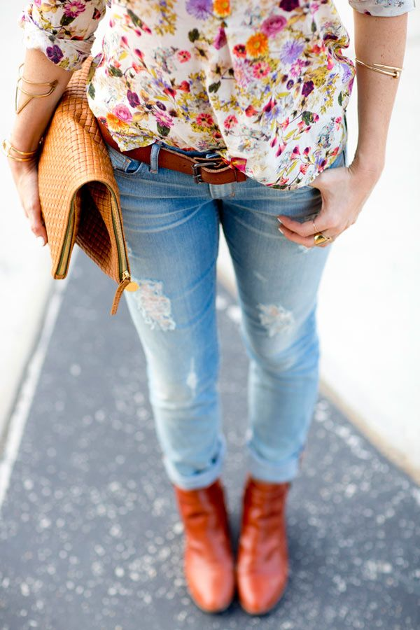 03_floral-blouse-distressed-jeans