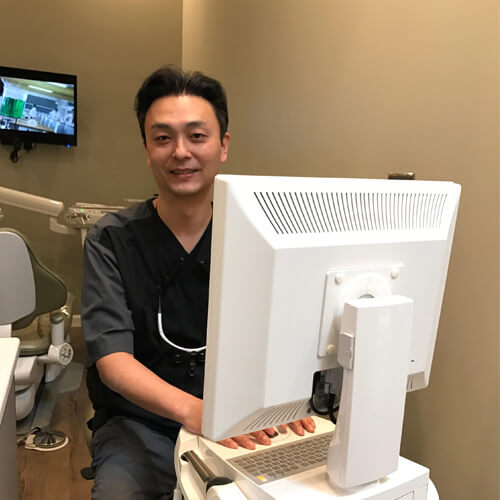 Family Dentist James Huang