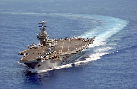 aircraft-carrier-turning