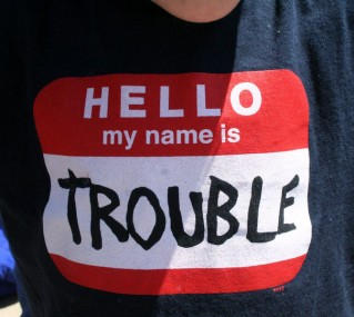 t-shirt-hello-my-name-is-trouble-7662381