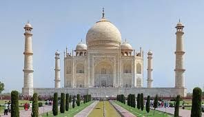 Top Ten Tourist Destinations in India : Taj Mahal