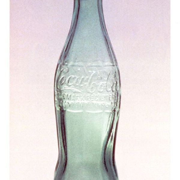 Birth of the Coca Cola contour bottle