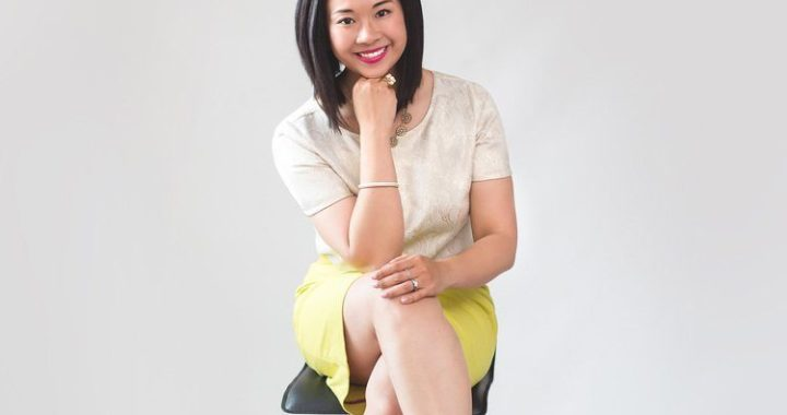 Life + biz success coach Reina Pomeroy talks mental health and how to shift your mental space to improve your business.