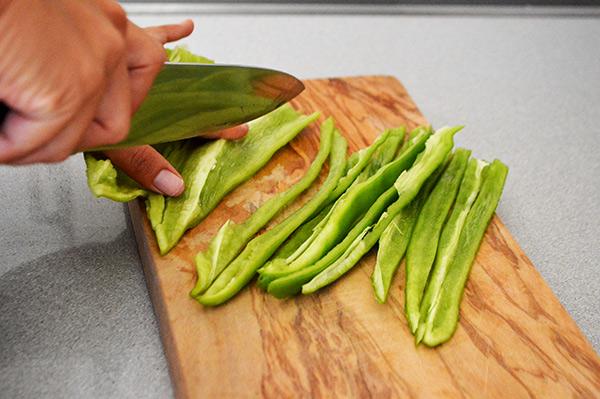cortando-el-pimiento