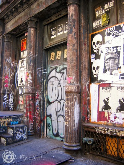 Graffiti art on doorway
