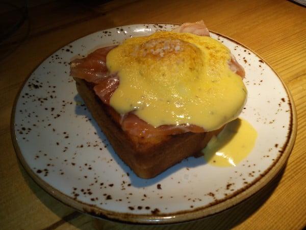 brunch duplex huevos benedict