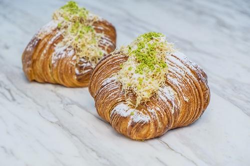 SocietyDXBs Ramadan Special - Kunafa Croissant (Photo - AETOSWire)_1525590457