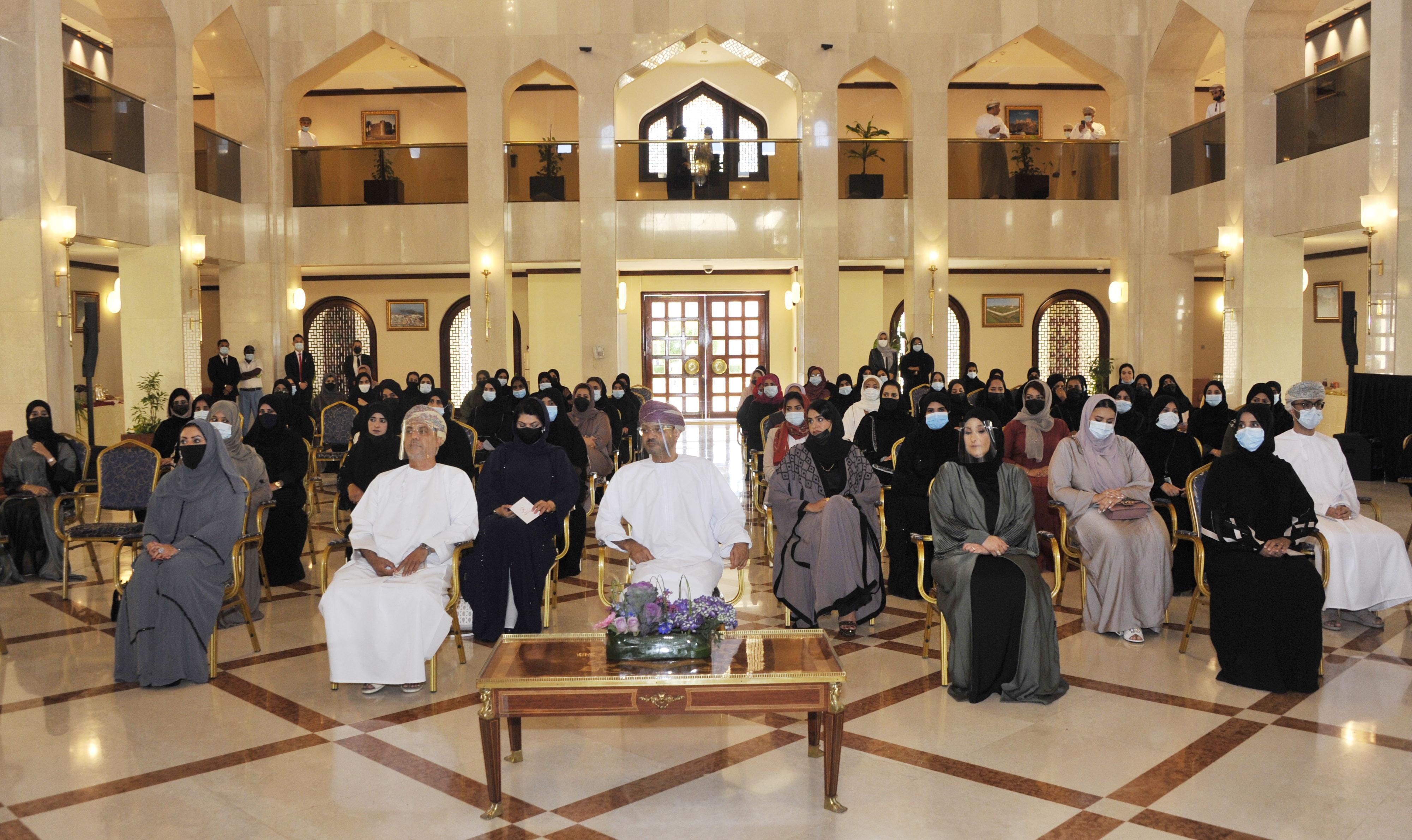 احتفال-وزارة-الخارجية-بيوم-المرأة-العمانية-١٨-١٠-٢٠٢٠-تصوير-العمانية
