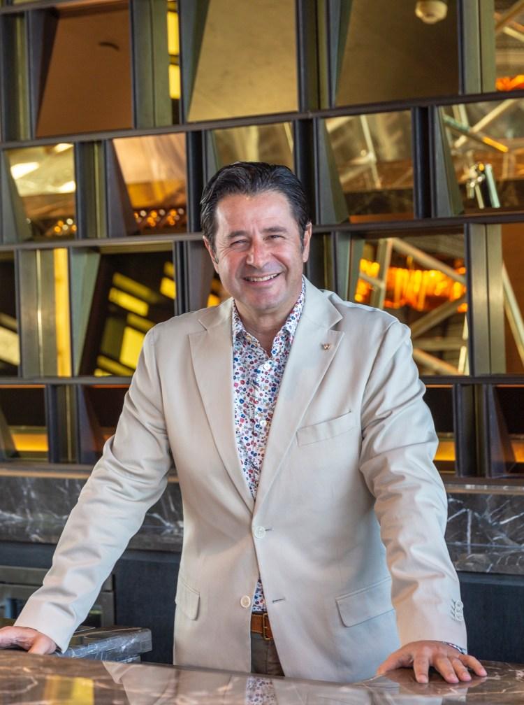 جيرالد شيفاسون، مدير عام فندق دبليو مسقط (1)