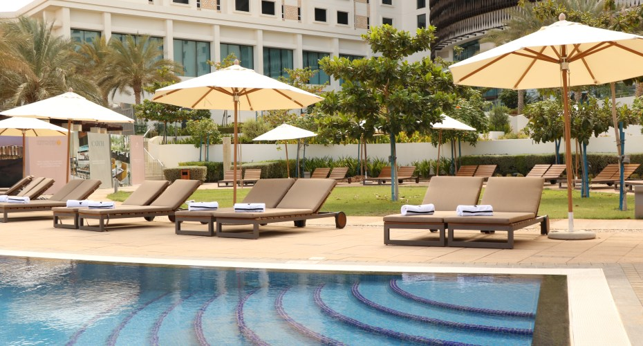 JW Marriott Muscat Pool