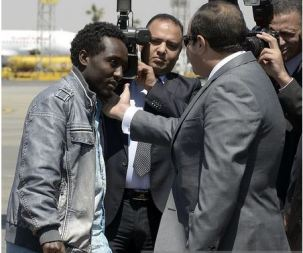 President el-Sisi greeting kidnapped Ethiopains rescued from Libya