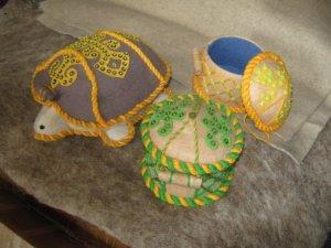 сувениры из войлока, войлочные сувениры, подарок из войлока, яблоко из войлока, натуральная шерсть, необычный сувенир, сделано в казахстане, ремесленники казахстана, татьяна гусева