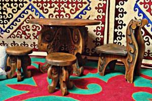 традиции кочевников, культура казахов, казахское достояние, сделано в Казахстане, Казахская юрта, Казахское ханство, Малик Гусманов, Возрождение традиций, купить национальную юрту, убранство юрты, мебель в юрте