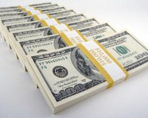سعر الدولار اليوم فى البنوك والسوق السوداء