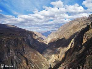 colca-canyon-condors-view