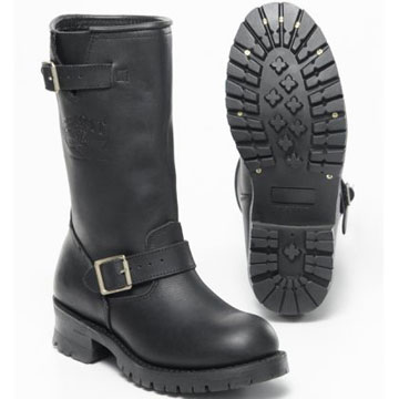 slip on leather boot