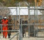 وصول 10 معتقلين مفرج عنهم من «غوانتانامو» الى سلطنة عمان