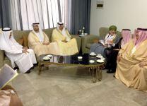 """لجنة وزارية عربية تدعو إيران إلى """"التعامل الإيجابي"""" مع المبادرة الخليجية"""