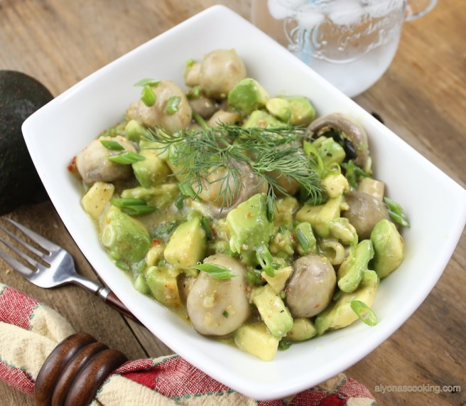 Zesty Avocado & Mushroom salad