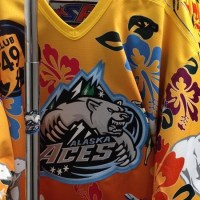 Alaska Aces, Hawaiian Night: hockey ghiaccio e folklore