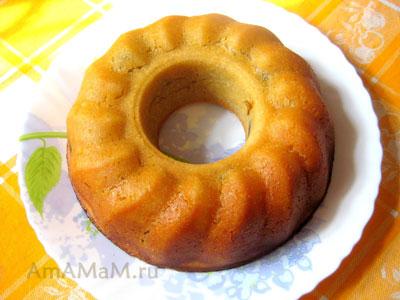 Фото готового кекса с дырочкой