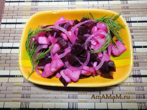 Как делать салат из свеклы с яблоком - простой рецепт с фото
