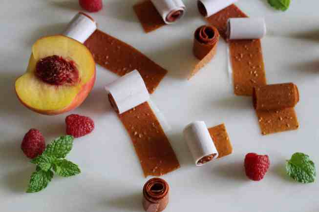 fruit roll ups, fruit leather, healthy snack