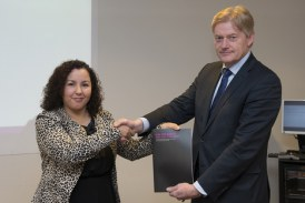 Nederlandse Tamazight Naima Azough benoemd als rapporteur radicalisme