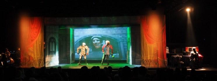 Teatro de Sombras de Ofélia - Projeção Mapeada Ambos&&