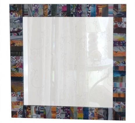 Miroir en carton décoré