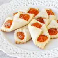 Apricot Kolaches – A Traditional Hungarian Christmas Cookie