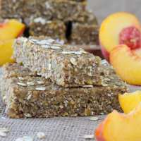 Healthy Ginger Peach Oat Bars {gluten free; vegan}