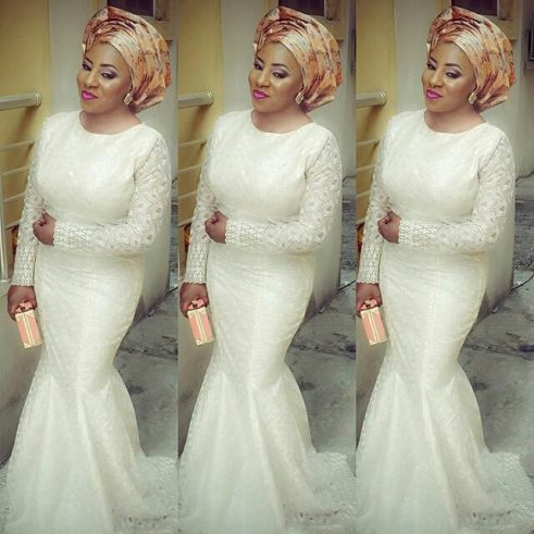 magnificent aso ebi styles in lace amillionstyles.com @mide-martins