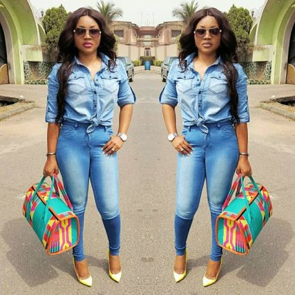 8 Eye Catching Denim Styles Amillionstyles.com @mercyaigbegentry