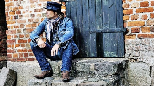 An Interview With Mike Tramp