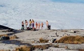 Nude-tourist1